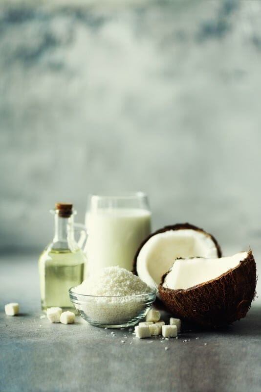Masque nourrissant avec huile de coco pour cheveux secs
