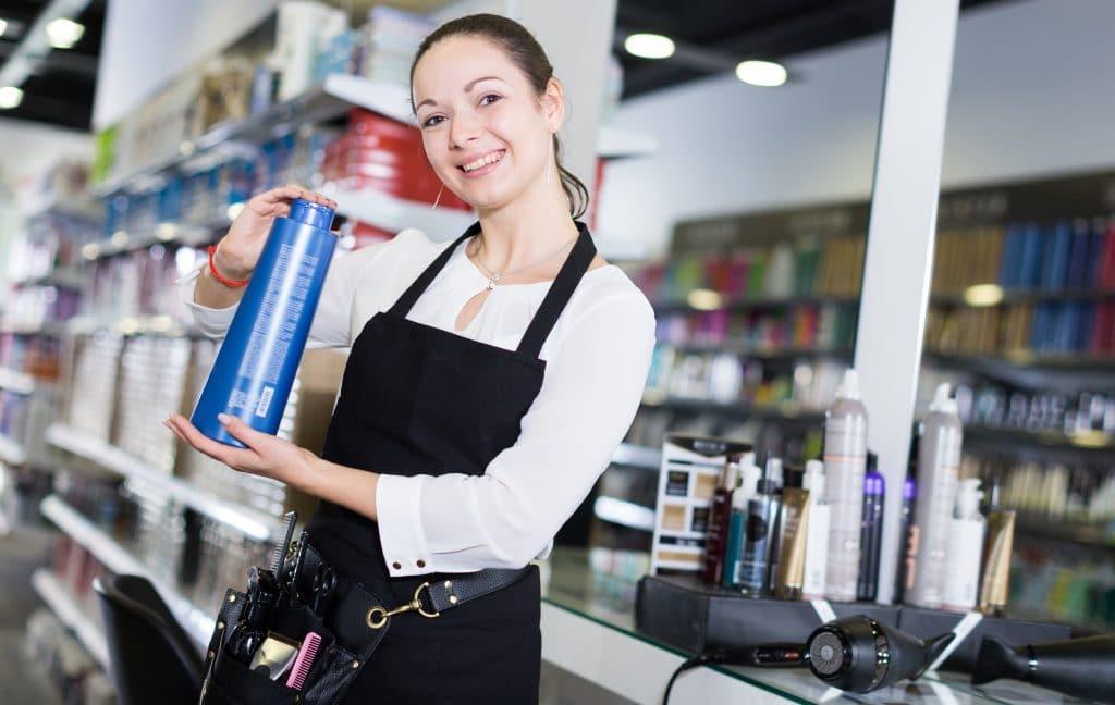 Des shampoings professionnels utilisés par des salons de coiffure