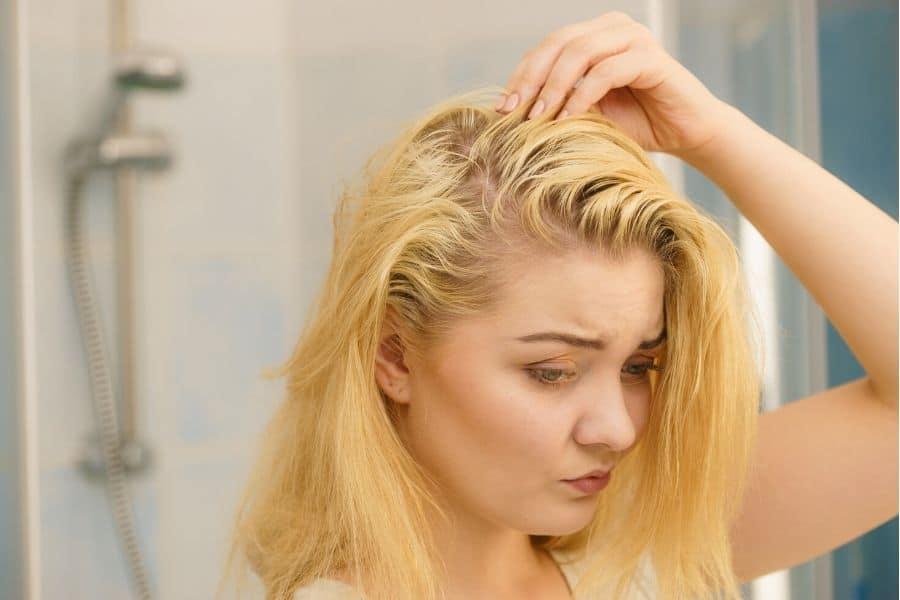 shampoing sec pour cheveux gras