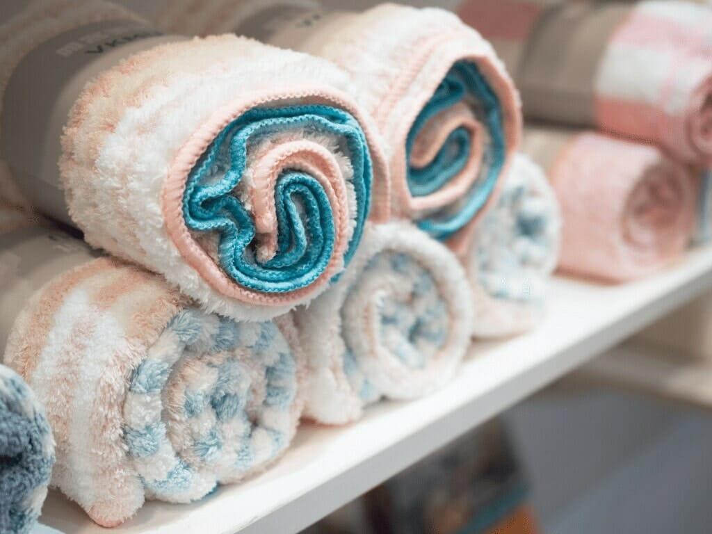 Comment trouver les meilleures serviettes microfibres pour cheveux ?