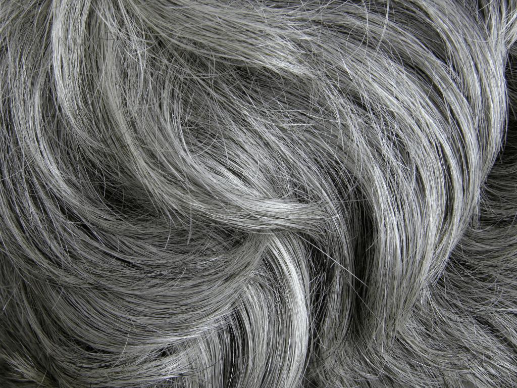 Comment traiter les cheveux après 50 ans ?