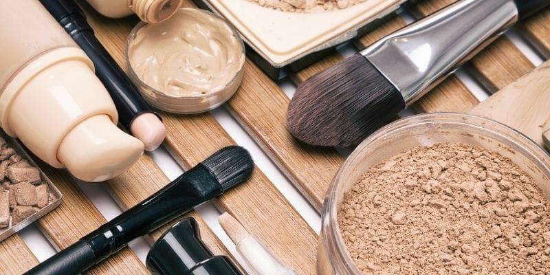 Comment choisir trousse de maquillage